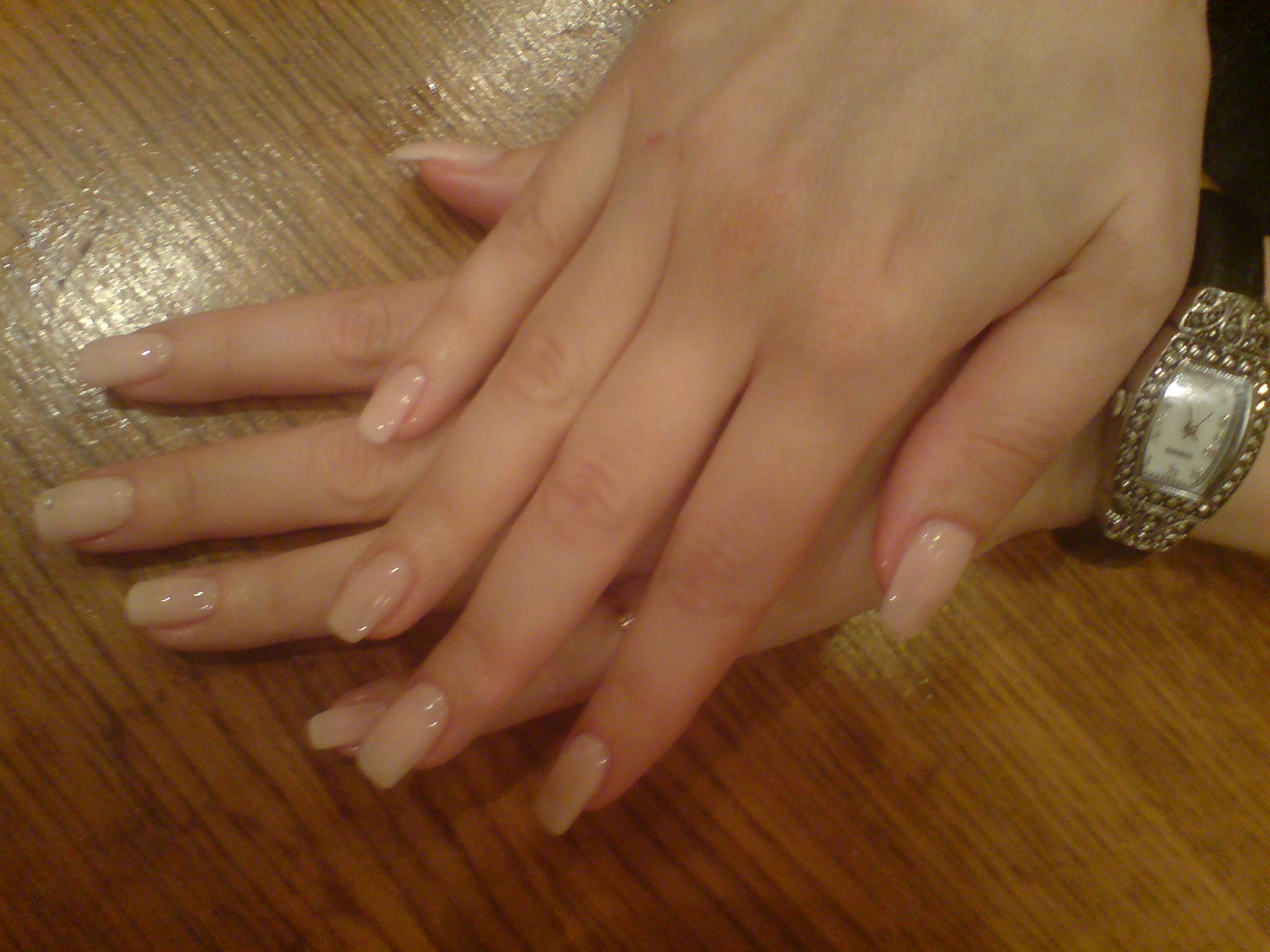 Наращивание ногтей без дизайна